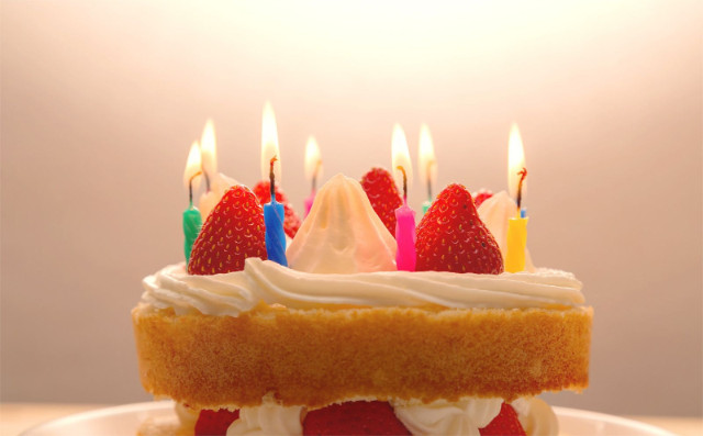 1歳の誕生日ケーキを用意する2つの方法